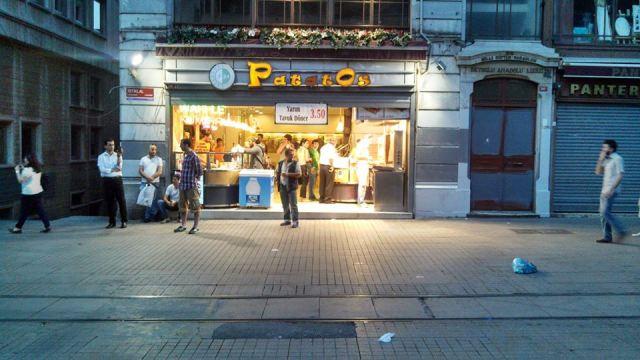 Potatos Bufe on Taksim