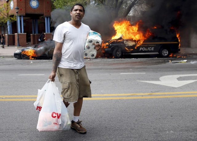 Source: http://www.bagnewsnotes.com/files/2015/04/Bird-flipping-Baltimore.jpg